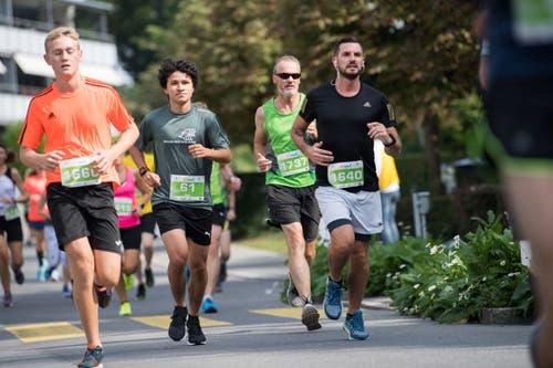 Gianpaolo Nivola von der Läuferriege Mauritius Emmen, Philipp Blum aus Luzern, Thomas Haas aus Emmenbrücke und Stefan Stählin von den Jamaica Runner (von links). (Bild: Eveline Beerkircher, Littau, 14. September 2019)