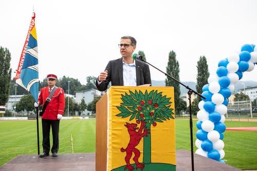 Gemeindepräsident Peter Hausherr hielt eine Rede. (Bild: Patrick Hürlimann, Rotkreuz, 14. September 2019)