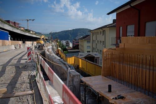 Die Autobahn wird um rund zwei Meter verbreitert. (Bild: Corinne Glanzmann, Hergiswil, 17. September 2019)