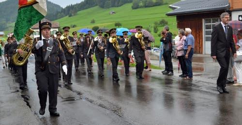 Die MG Libingen, Leitung Walter Scherer, ist eine der drei Musikgesellschaften der Gemeinde. (Bild: Peter Jenni)