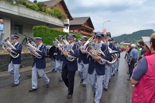 Die MG Concordia Fischingen, Leitung Felix Haag, an der Marschmusikparade. (Bild: Peter Jenni)