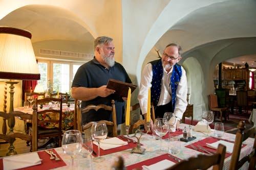 Teamwork: Nils Mauritz (links) unterstützt seinen Partner Charles Wüest in allen Bereichen. (Bild: Corinne Glanzmann, Hergiswil, 24. September 2019)