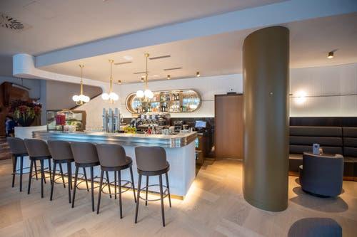 Die Bar in der Hotellobby. (Bild: Urs Bucher)