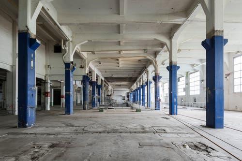 Noch sind die ehemaligen Papiermaschinenhallen zwar leer, doch das soll sich bald ändern. (Bild: PD/Beat Bühler, Zürich)