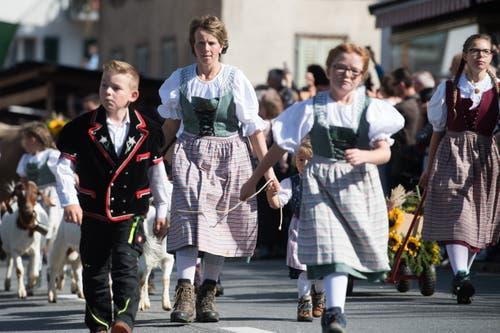 Familie Theiler von der Alp Äbnistetten. (Bild: Boris Bürgisser)
