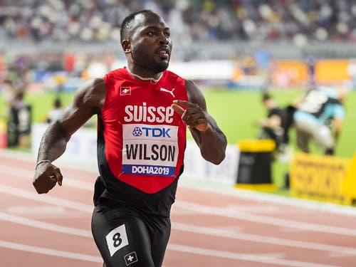 Alex Wilson muss sich im Halbfinal über 200 m gewaltig steigern (Bild: KEYSTONE/JEAN-CHRISTOPHE BOTT)