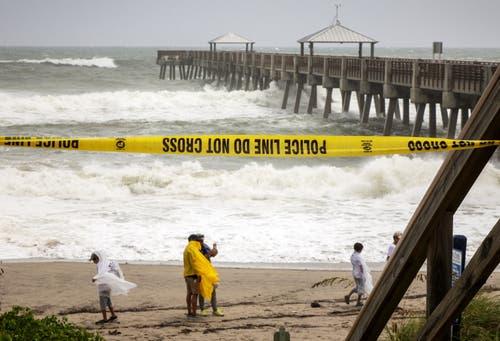 Juno Beach, Florida, ist von der Polizei gesperrt worden. (Bild: Cristobal Herrera/EPA, 2. September 2019)