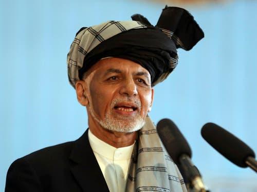 Auch der amtierende afghanische Präsident Ashraf Ghani proklamiert den Sieg bei den Wahlen für sich. (Bild: KEYSTONE/AP/RAHMAT GUL)