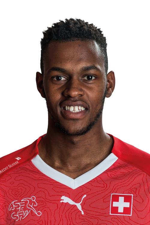 Edimilson Fernandes: Note 4.5 - Als ehemaliger Junior des FC Sion in «seinem» Tourbillon besonders motiviert. Ein Aktivposten in der ersten Halbzeit, in der er drei Grosschancen vergibt. Baut mit Fortdauer der Partie ein wenig ab. (Bild: Keystone)