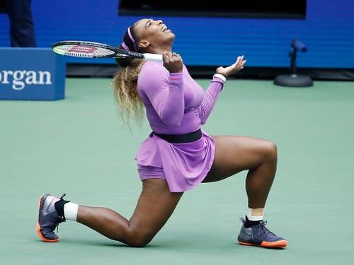Zum Verzweifeln: Serena Williams verlor bereits ihren vierten Grand-Slam-Final, seit sie vor zwei Jahren Mutter wurde (Bild: KEYSTONE/EPA/JASON SZENES)