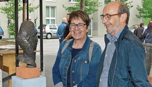 Die Gäste freuten sich über die an den Ständen ausgestellten Sachen. Bilder: Ulrike Huber