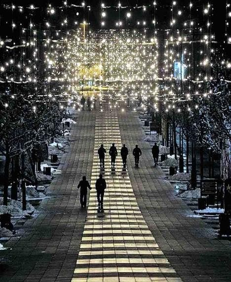 Weihnachtsbeleuchtung Für Hausgiebel.Emotions Maschinen St Galler Tagblatt