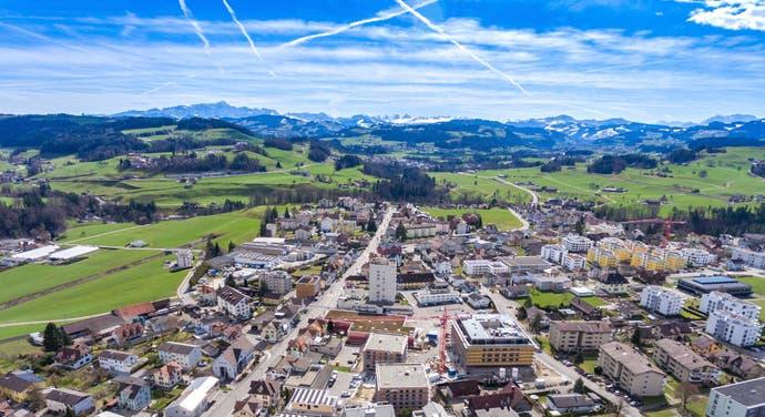 Nach Bazenheid, das zur Gemeinde Kirchberg gehört, ziehen viele Flüchtlinge, die anfänglich anderen Gemeinden zugeteilt waren. (Bild: Martin Lendi)