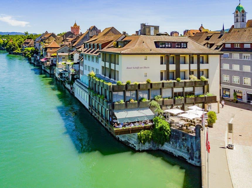 Aussenansicht Hotel Schiff Am Rhein