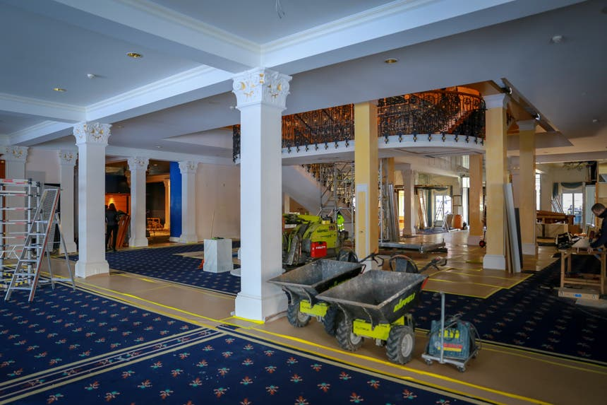 Im Foyer des Hotels sollen zwei neue Restaurants entstehen. (rar)