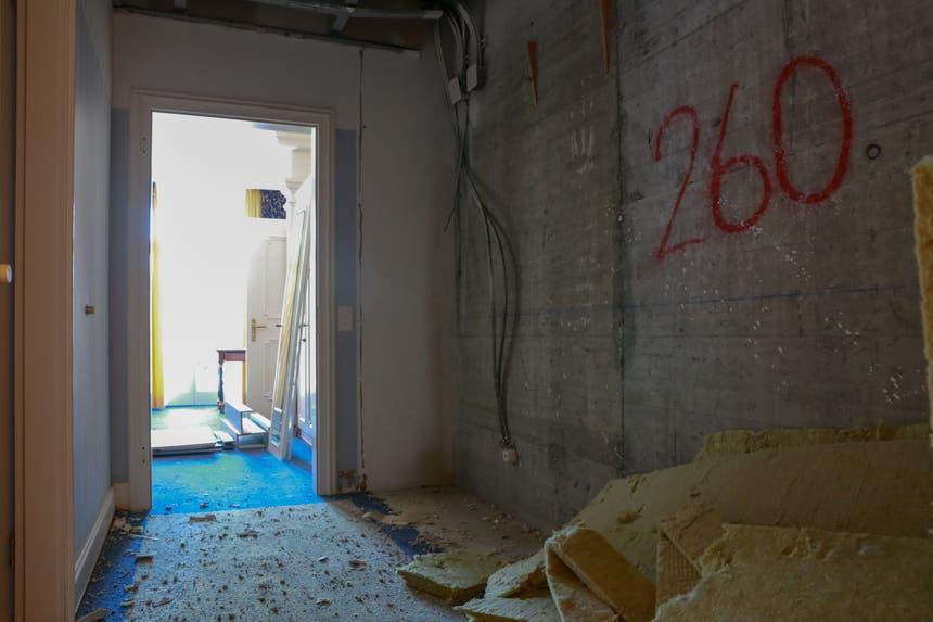 Von den luxuriösen Zimmern ist nicht mehr viel übrig. (rar)