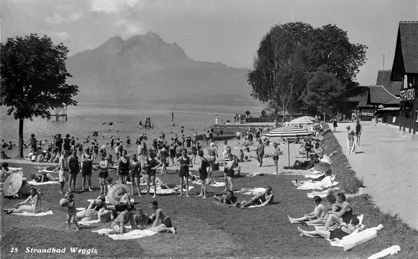 Blick auf das Strandbad Weggis im Jahr 1948. (Bild: Gemeinde Weggis)